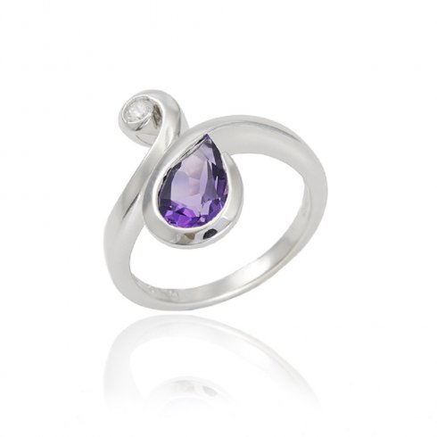 9ct White Gold Amethyst and Diamond Ring